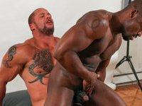 Submissive Derek is allowing muscular Matt have his horny ways